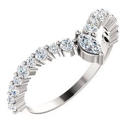"""Accented """"V"""" Ring"""